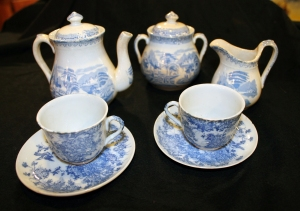 Child's porcelain tea set